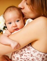 Общение с ребенком с первых минут жизни.