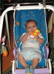 напольные качели для ребенка