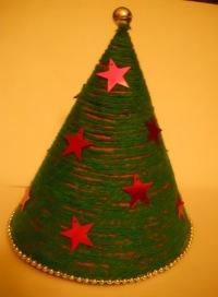 Как сделать новогоднюю елку из бумаги?