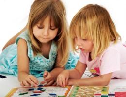 Как играть в настольне игры с ребенком