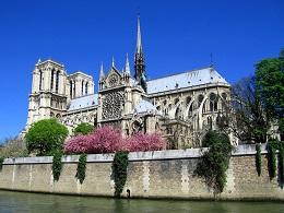 Какие туры во Францию на август с детьми выбрать