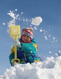 Первая зима. Каким должен быть зимний комбинезон для ребенка ?