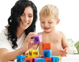 Изучение иностранного языка с детьми. Когда лучше начинать?