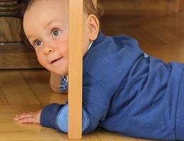 Причины детской замкнутости